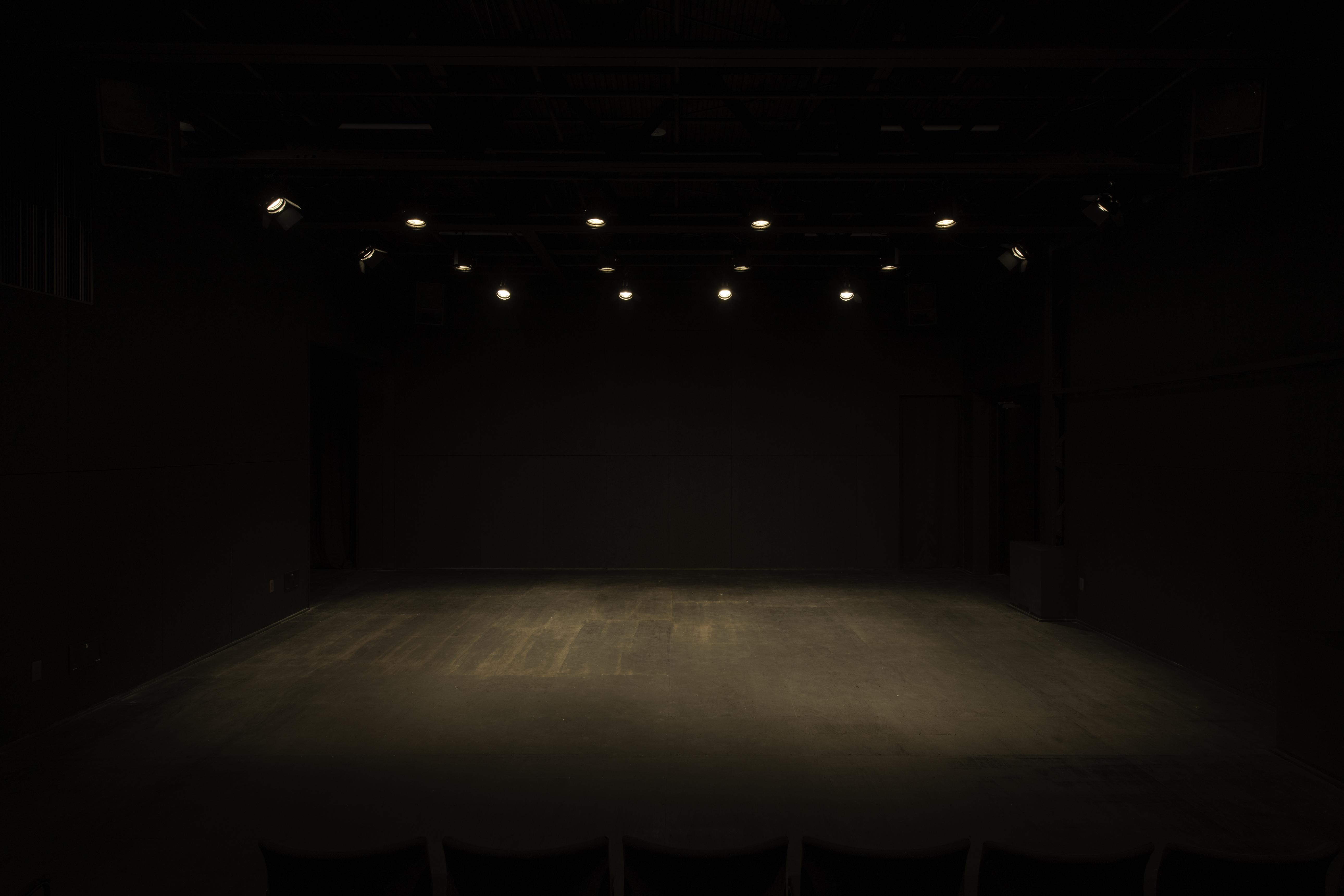 公演サムネイル
